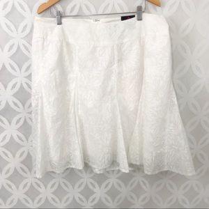 Torrid White Floral Burnout Skater Skirt NWT
